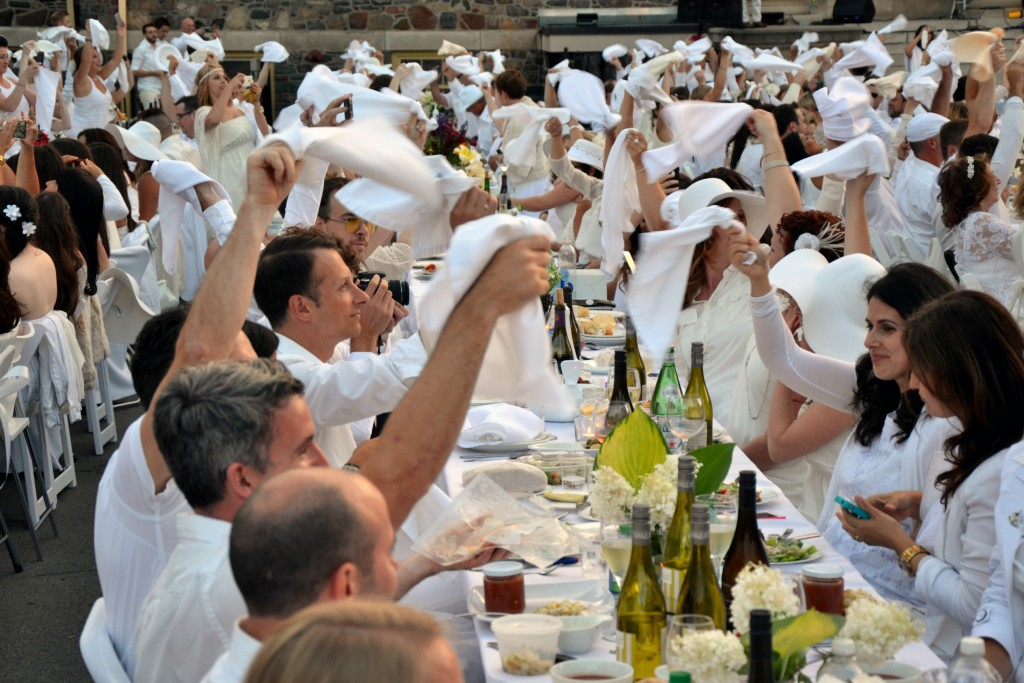 Diner en Blanc Halifax 2014, photo Michael Carty & Dave Boyce HD06